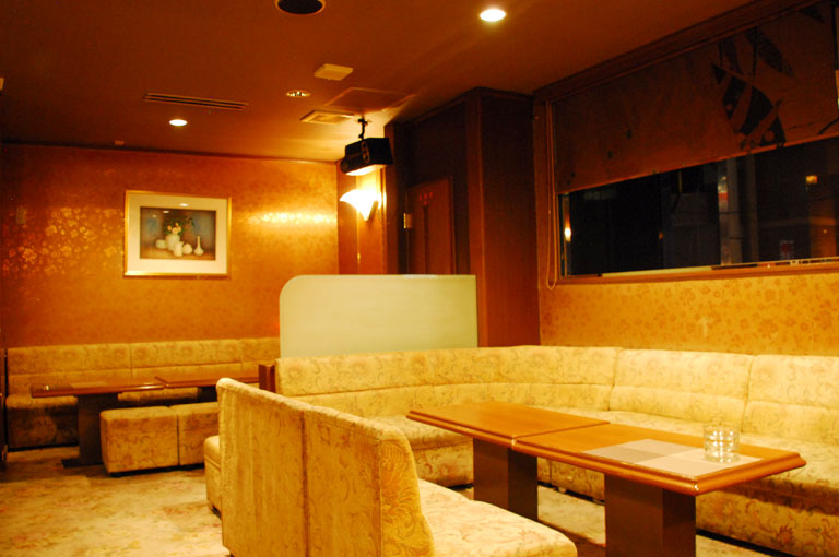 Lounge M店内の様子